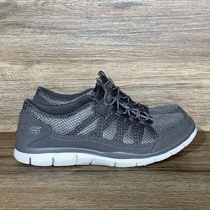 SKECHERS Gratis Slip-on Sneaker Gray Sz- 8.5